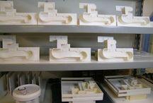 VILLA SAVOYE - Le Corbusier - 1:100 scale model / Le Corbusier - VILLA SAVOYE - 1:100 scale model -  info &shopping: hist.arch.models@gmail.com -  #HistoricalArchitecturalModels #shoppingonline #Architecture #villasavoye #lecorbusier #Jeanneret #razionalismo #Poissy #house #villa  #gift