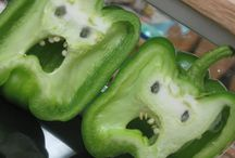 Funny Food hilarious... / Looking at shapes of familiar vegetables and smile,or ever laugh. Simple fun...