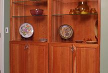 Hutches and Display Cabinets / Hutches and Display Cabinets