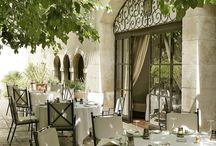 L'OUSTAU DE BAUMANIERE / Restaurant gastronomique 2* au guide Michelin - Baumanière Les Baux de Provence www.baumaniere.com