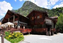 Vakantiehuizen Aostadal / Op dit bord tref je een aanbod van vakantiehuizen in de regio Aostadal te Italië aan. Deze zijn veelal online via onze website Recreatiewoning.nl te boeken. Het huuraanbod op onze site is afkomstig van zowel particulier als zakelijke verhuurders.