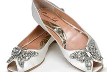 Flat Wedding Shoes / Collection of simple and elegant flat shoes that will spark any bride.