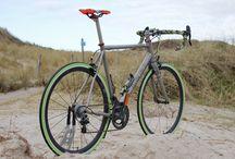 Road Bike Nevi Stelio Handmade Italian Titanium Frame / Custom made Nevi Stelvio 2016. This custom-made bike is very special because of its specific design and color. Handmade Italian Titanium Frame