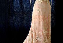 Belle Epoque kleding en sierraden / De periode 1890 tot 1914
