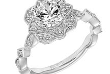 Engagement Rings: Vintage / Vintage engagement rings. Looking to get engaged? Visit Radcliffe Jewelers in Baltimore, MD.
