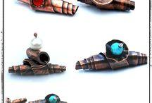Craft: making jewelry - inspiration / by Anastazia la Luminaire