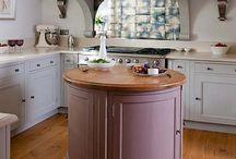 Kitchens / by Amanda Box