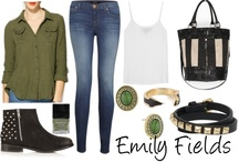Emily fields / Pretty little liars
