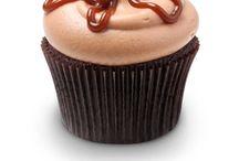 Cupcakes  / by Samantha Mierke