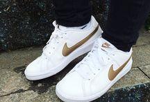 Sapatos / Louca por sapatos
