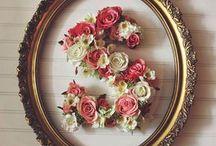letra decorada de flores