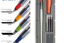 Plumas/Rotuladores - Pens/Markers / Selección de plumas y rotuladores caligáficos. Selection of pens a markers.