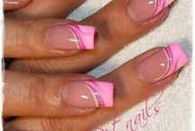 Gell nails with different colour stripes