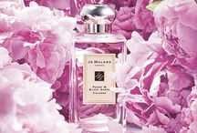 Fragrance notes / beautiful perfume bottles photographed beautifully