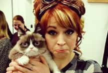 Lindsey Stirling and other violinists