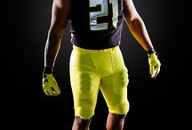 2015 Football Uniforms / Another season's worth of custom Nike threads. / by University of Oregon Ducks