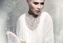 Sensationelle Frisurenfotos aus aller Welt / Über 1.000 Frisurenkollektionen aus der ganzen Welt findest Du hier http://menschenimsalon.de/kollektionen-international