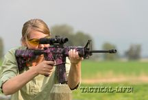 Girls with Guns / Pretty girls from around the world with Guns