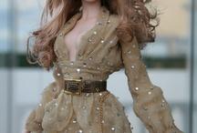 Fashion Dolls / by Betty Ramirez