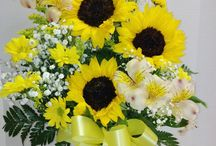 Sunflowers! / People love sunflowers! Do you?