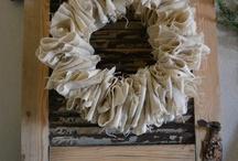 Burlap Wreaths... / by Becky Smith
