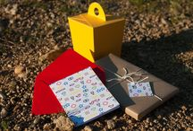 - boksi.cz - DIY / Boksi.cz - original wrap and gift inspiration. Boksi loves DIY and paper crafting. It regularly brings you tutorials on how to do gifts differently.