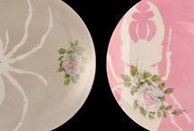 Peintures porcelaines / L'inspiration aide la création ! / by Anne H