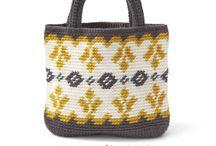Crochet tapestry / mochila