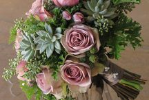 Bridal Bouquet Handle Treatments / Ideas to put a beautiful finishing touch on a bridal bouquet.