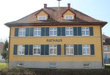 Rißtissen / Rißtissen (Risstissen) ist ein Stadtteil von Ehingen. Zwei Kilometer südlich mündet der Fluß Riß (Riss) in die Donau