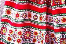 民族衣装 模様