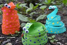 Animal Crafts for Kids / Take a walk on the wild side! Make your own animal crafts for kids, including tutorials for owl crafts for kids, dog crafts for kids, kids jungle crafts, kids farm crafts and more! These fun projects feature step-by-step instructions for all the best animal-themed kids' crafts. / by AllFreeKidsCrafts