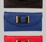 Bags & Totes / by Barbara
