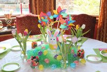 Holiday Tables / Ideas and how to's on decorating tables for your holiday dinners and parties.