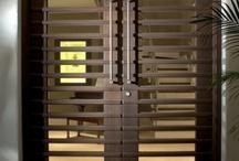 Knobs and knockers / Door hardware