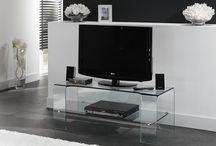 Glazen TV-meubels / Een glazen tv-meubel? Bij Glazentafel.com slaagt u gegarandeerd. Bij ons vindt u een uitgebreide collectie glazen TV-Meubels in diverse stijlen en diverse materialen en afmetingen. Laat u verrassen door onze bijzondere collectie en koop uw TV-meubels direct online bij glazentafel.com