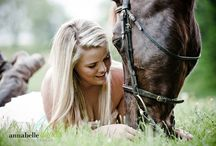 SENIOR SESSION / by Whitley Danielle Smith