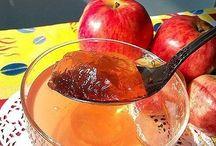 Варенье из фруктов и ягод.