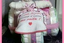 Diaper cakes (gâteau de couches)