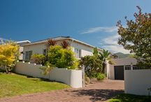 """Sole Mandate -  22 Porter Street – Bodorp – George / """"Buy a Best-Seller with privacy, position and price!""""  Compact, yet spacious with beautiful mountain views. #Properties #GardenRoute #RealEstate  Asking R 950 000. Call:  Ronél Thiart – 083 627 6806"""