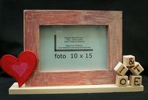San Valentino le nostre Cornici / In questa bacheca raccogliamo tutta una serie di cornici ed altre idee decorative per la festa di San Valentino.