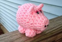 Piggy Love / by Lindy Jacobsen