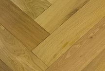 Herringbone Parquet Flooring / The Herringbone parquet is a unique flooring design made of same size wood blocks which can be laid in some different patterns. This is the more luxurious wood flooring compare to standard plank flooring and offers real wood effect with outstanding practicality and durability. Most of the parquet is made of solid wood blocks, however more and more engineered parquet flooring available for end users now.