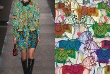 """Venezuela Blank estudio / Venezuela Blank estudio!, representa la marca Tres Tintas Barcelona,Gracias por el post! Un look retro, lleno de detalles Ilustrados, apostando por los estampados a full color y el movimiento, dan un aspecto """"cool"""" a la colección Louis Vuitton Primavera - Verano 2015, donde hacemos referencia a Tres Tintas BCN y su """"Ruta de la Seda"""" Ilustrada por Carlos Buendia, artista que utiliza el color y las formas de una manera única y moderna."""