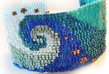 Bracelets / Vague