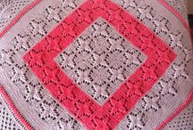 Handmade Blankets / Warm your baby, decor the bed or a chair