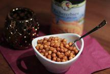 Rezepte - Snacks & Fingerfood / Kleine Knabbereien für daheim, als Partymitbringsel oder für die nächste Geburtstagsfeier. Schnell gemacht und easy von der Hand zu essen!