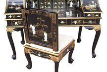 Meubles Chinois traditionnel / Ici, nous vous proposons une collection passionnante et éclectique de meubles orientaux traditionnels et armoires chinoises anciennes. Chaque pièce est fabriqué à la main aux normes les plus élevées par des artisans utilisant des techniques anciennes et puis la main-fini avec la laque de haute qualité.