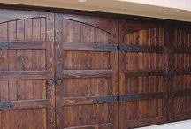 Dveře do garáže