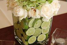 Çiçekler ve vazo